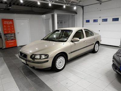begagnad Volvo S60 2.4 140HK Dragkrok -01