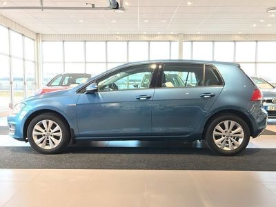 begagnad VW Golf 5-dörrar 1.4 TGI CNG Style Euro 6 2017, Personbil 139 000 kr