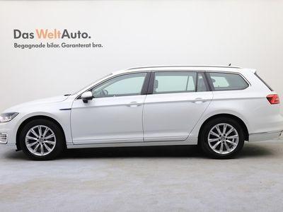 begagnad VW Passat GTE SportsCombi SC DSG/Drag/Area view/Lane Assist/App-connect