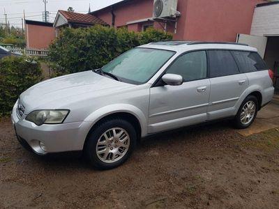 begagnad Subaru Outback 2.5 4WD SatNav/Xenon/PanoramTa