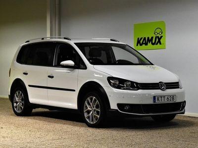 begagnad VW Touran 1.4 TSI DSG Sekventiell 140hk 2015