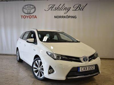 begagnad Toyota Auris Kombi Hybrid Executive ( 136 HK -14