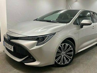 begagnad Toyota Corolla Hybrid 2.0 VVT-i CVT Euro 6 2019, Halvkombi Pris 249 900 kr