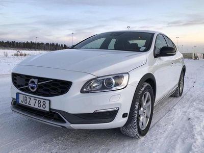 begagnad Volvo S60 CC D4 AWD