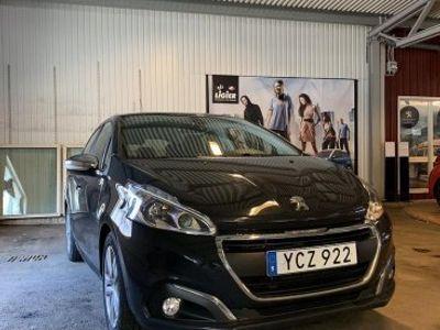 used Peugeot 208 Style PureTech 82 Euro 6 (V-hjul, Navigation)
