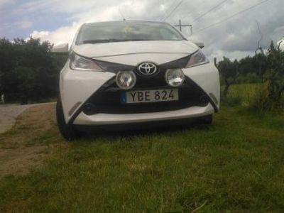 begagnad Toyota Aygo pendlarbil låga mil -15