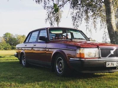 begagnad Volvo 240 bytes