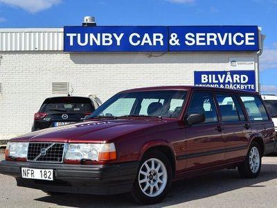 begagnad Volvo 945 2.3 135hk / Låga mil -96