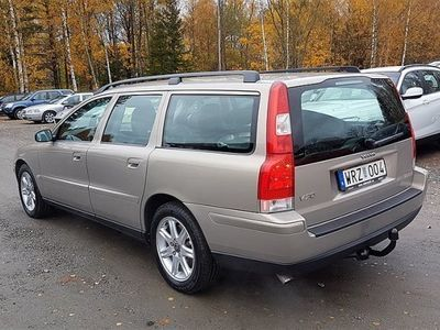 begagnad Volvo V70 2.4 Xenon Drag