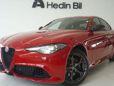 begagnad Alfa Romeo Giulia VELOCE TI 280HK Q4 KOLFIBERPKT
