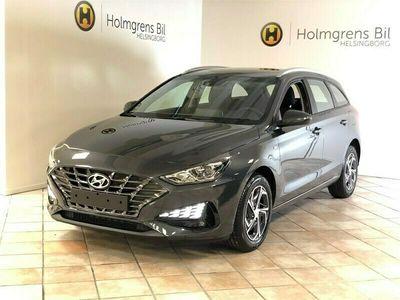 begagnad Hyundai i30 Kombi 1.5 T-GDi DCT MHEV Essential