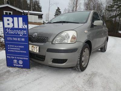 begagnad Toyota Yaris 5D NYBES U.A./NYSKATTAD/FINANS/INBYTE/15200 MIL