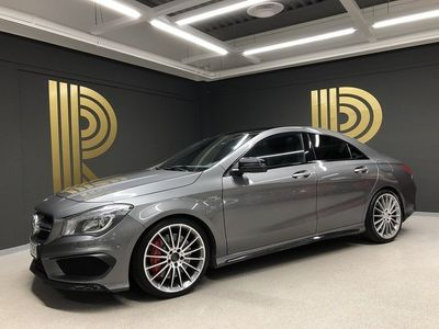 begagnad Mercedes CLA45 AMG 45 AMG (360hk) Exclusive / Pano / Night Package