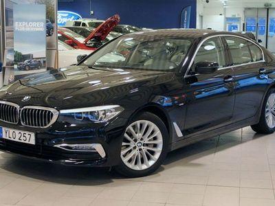 begagnad BMW 530 i 252hk Aut LuxuryLine Sedan Läder NAVI PDC Vhjul