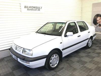 gebraucht VW Vento 1.8 CL 90hk, Lågmilad -96