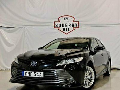 begagnad Toyota Camry 2.5 HYBRID EXECUTIVE PREMIUM GPS HUD AUTO 2019, Sedan Pris 259 900 kr