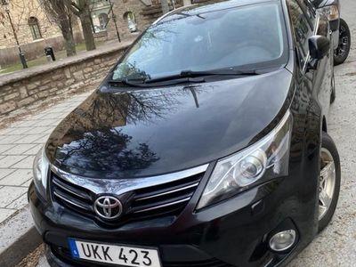 begagnad Toyota Avensis Kombi 2.0