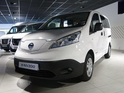 begagnad Nissan NV200 E- COMBI 7 COMFORT PLUS 40 KWH DSD TAILGATE 2019, Transportbil 432 681 kr