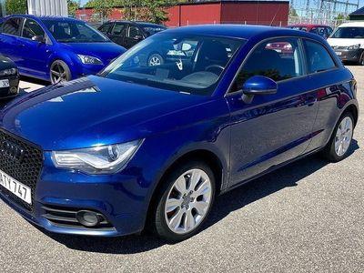 używany Audi A1 1.6 TDI S-LINE 105hk NAVI LÅG SKATT -11