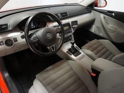begagnad VW Passat TDI 140 Sportline