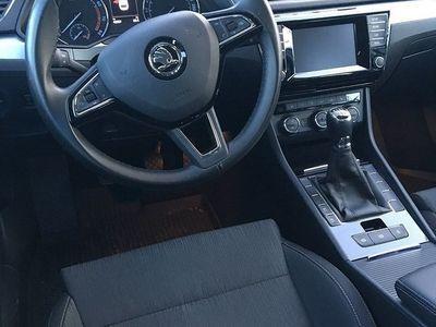 begagnad Skoda Superb Combi Ambition TSI 150 hk ACT Kombi