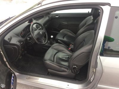 begagnad Peugeot 206 Griffe 1,6 -05