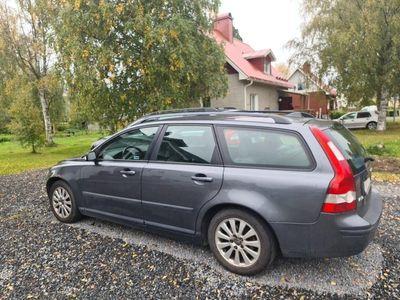 begagnad Volvo V50 Nybesitad Skattad