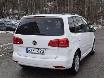begagnad VW Touran 1.6 TDI BlueMotion DSG NAV -12