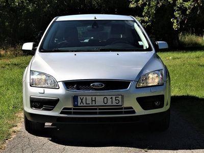 begagnad Ford Focus 5-Dr 1.8 Flexifuel 125hk / ACC / B