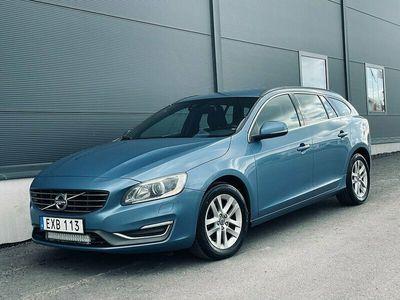begagnad Volvo V60 D4 Momentum/Parkeringsvärmare/Drag/3 Ägare/181hk