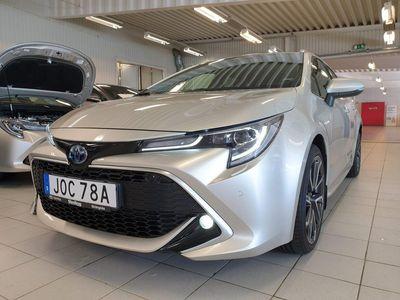begagnad Toyota Corolla TS 2.0 Elhybrid Executive / Vinterhjul