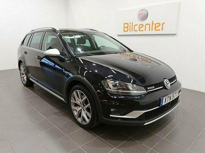 begagnad VW Golf Alltrack 1.8 4Motion Aut-Drag-Värmare-Carplay-SoV