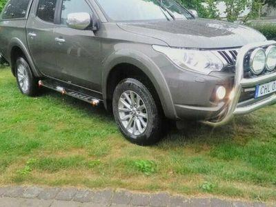 begagnad Mitsubishi L200