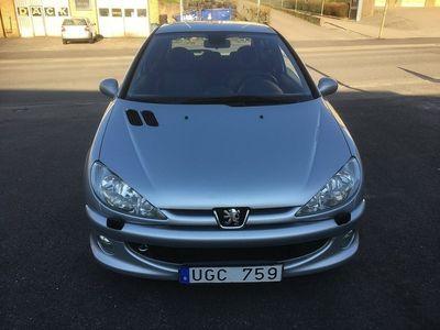 begagnad Peugeot 206 3-dörrar 2.0 GTi (136hk) Ny besiktigad