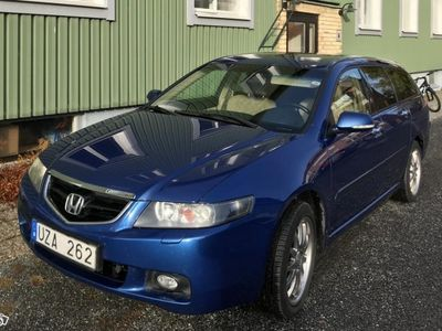 begagnad Honda Accord VII Tourer 2.4, 190Hk -04