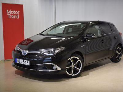 begagnad Toyota Auris Hybrid Executive S+V-hjul