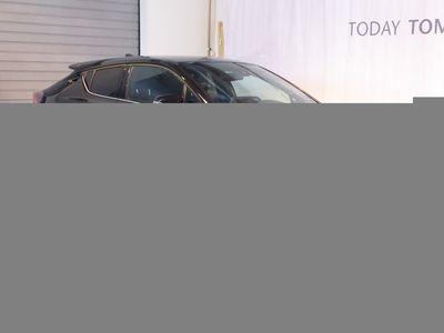 begagnad Toyota C-HR Turbo AWD Executive Drag GPS
