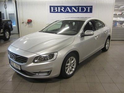 begagnad Volvo S60 D4 163 S/S Momentum Business Edition