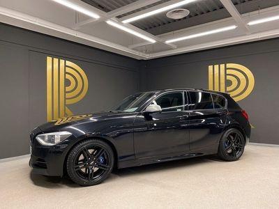begagnad BMW M135 i xDrive 5-door (320hk) Harmon / Navi