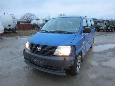 begagnad Toyota HiAce 2008 7 pass Diesel endast 6790 mil