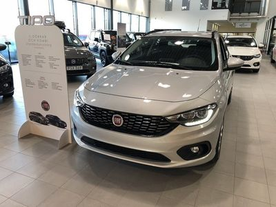 begagnad Fiat Tipo KOMBI 1,6 E-TORQ 110HK AT6 LOUNGE -17