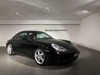 begagnad Porsche 911 Carrera Cabriolet 911 996 300hk