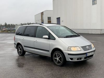 begagnad VW Sharan 1.8 T 7-sits 150hk