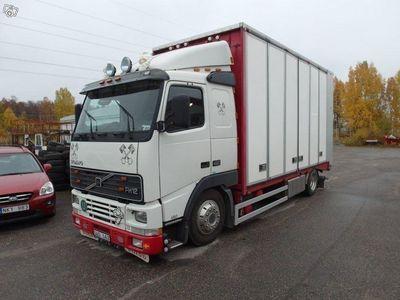 begagnad Volvo 460 FH12Skåp 4x2 -00