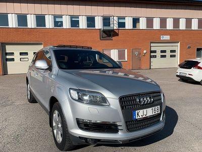 begagnad Audi Q7 3.0 TDI V6 DPF quattro 7-sits 239hk