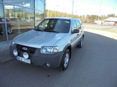 begagnad Ford Maverick 2.3 4WD Luxury XLT