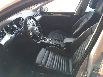 begagnad VW Passat SC TDI190 DSG 4M GT/Executive/Drag/Värmare