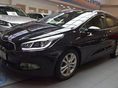 begagnad Kia cee'd 1.6 CRDi Comfort Motorvärmare 2013, Halvkombi 89 900 kr