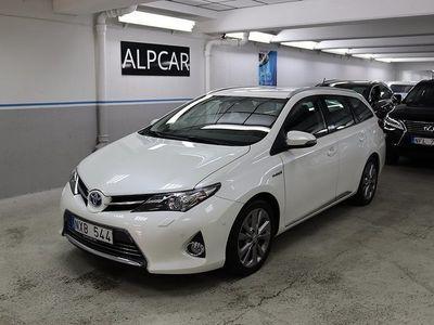 begagnad Toyota Auris TS EXECUTIVE GPS PEARL WHITE
