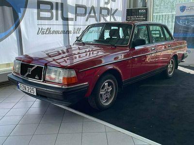 begagnad Volvo 244 2.3 Automat GL VÄLVÅRDAD VETERAN 116hk